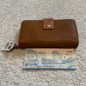 Fossil vintage wallet in brown leather